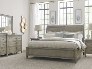 1515770245Gray_traditional_bedroom_furniture